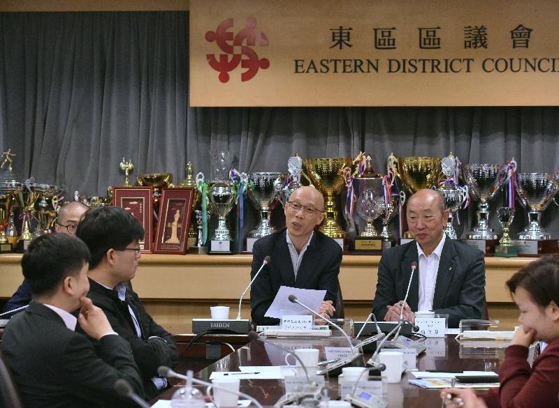 SEN visits Eastern District (with photos)